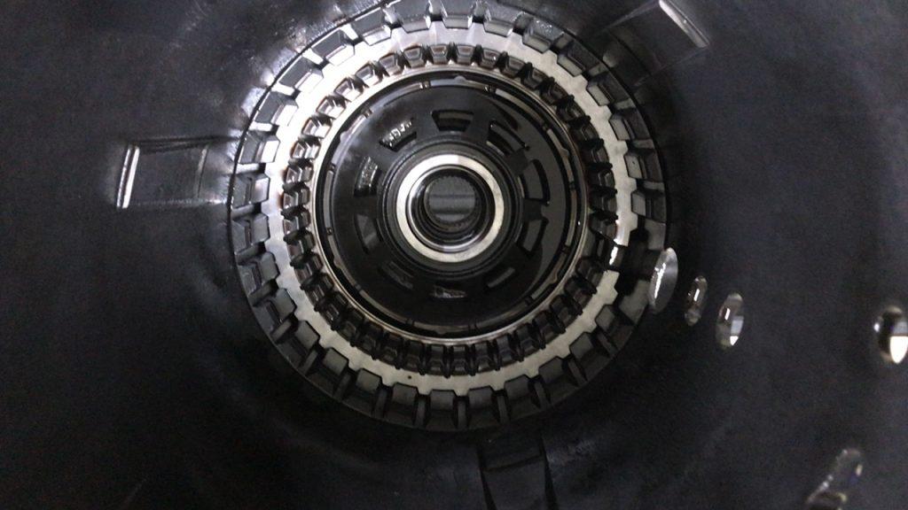 ベンツ7速オートマ故障はベンツ専門認証工場で安く修理が出来ます