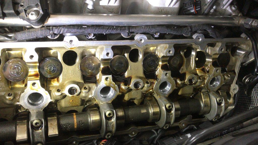 ベンツAMG63のエンジン異音修理