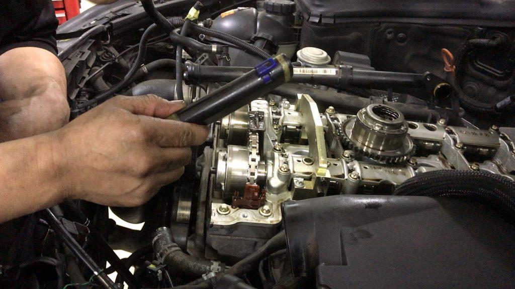 ベンツW204エンジン警告灯の修理